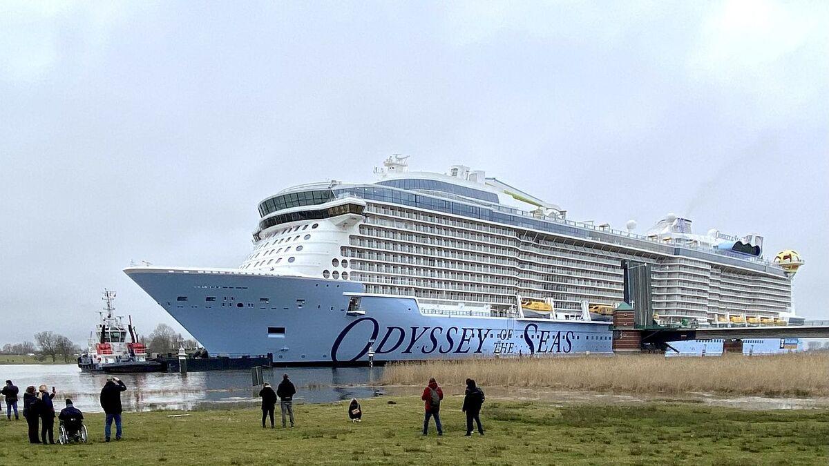 ODYSSEY-OF-THE-SEAS-0005