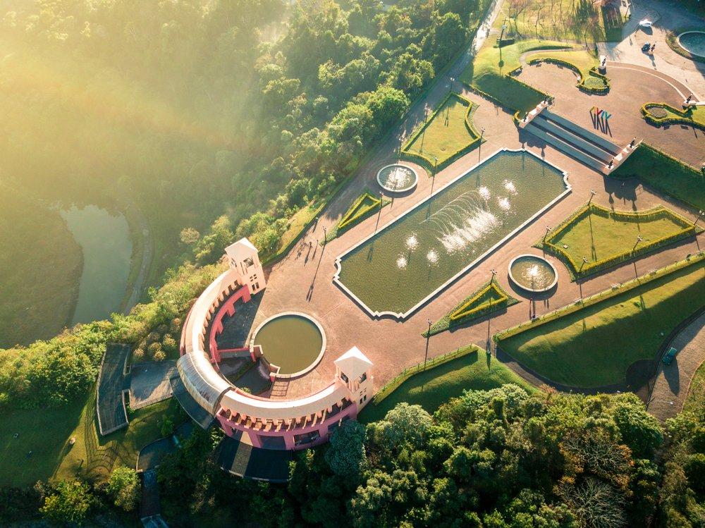 Vista aérea parcial do Parque Tanguá, em Curitiba   Crédito editorial: Telles/Shutterstock.com