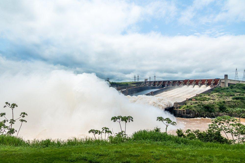 Clique da Usina Hidrelétrica de Itaipu, em Foz do Iguaçu   Crédito: Shutterstock